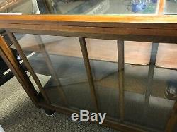 ANTIQUE WOOD GLASS COUNTRY STORE FRONT DISPLAY CASE SHOWCASE WithADJUSTABLE SHELF