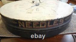Antique 1907 Boye Rotary Needle & Bobbins & Shuttles Tin Store DISPLAY Case