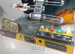 LEGO Star Wars Rare Store Display Case Set #75249 LED Lights Minifigs