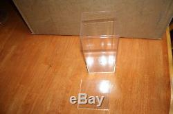 LOT OF 30 CLEAR ACRYLIC DISPLAY CASES BEANIE BABY DISPLAY STORAGE 8 x 4 x 4