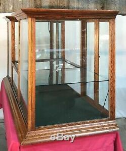 Old Country / General Store 6' Oak Twin Tower Counter Showcase / Display Case