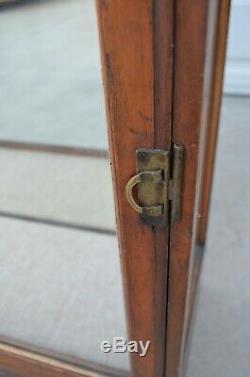 VTG Antique Curved Glass Display Case Showcase Store Display Umbrella Cane Pie