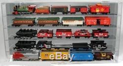 Wall Mount Train Engine Car Display Case HO Scale 32/HO